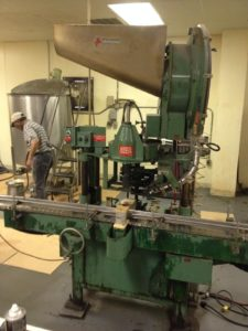 Old Apace 550 Rotary Capper Machine
